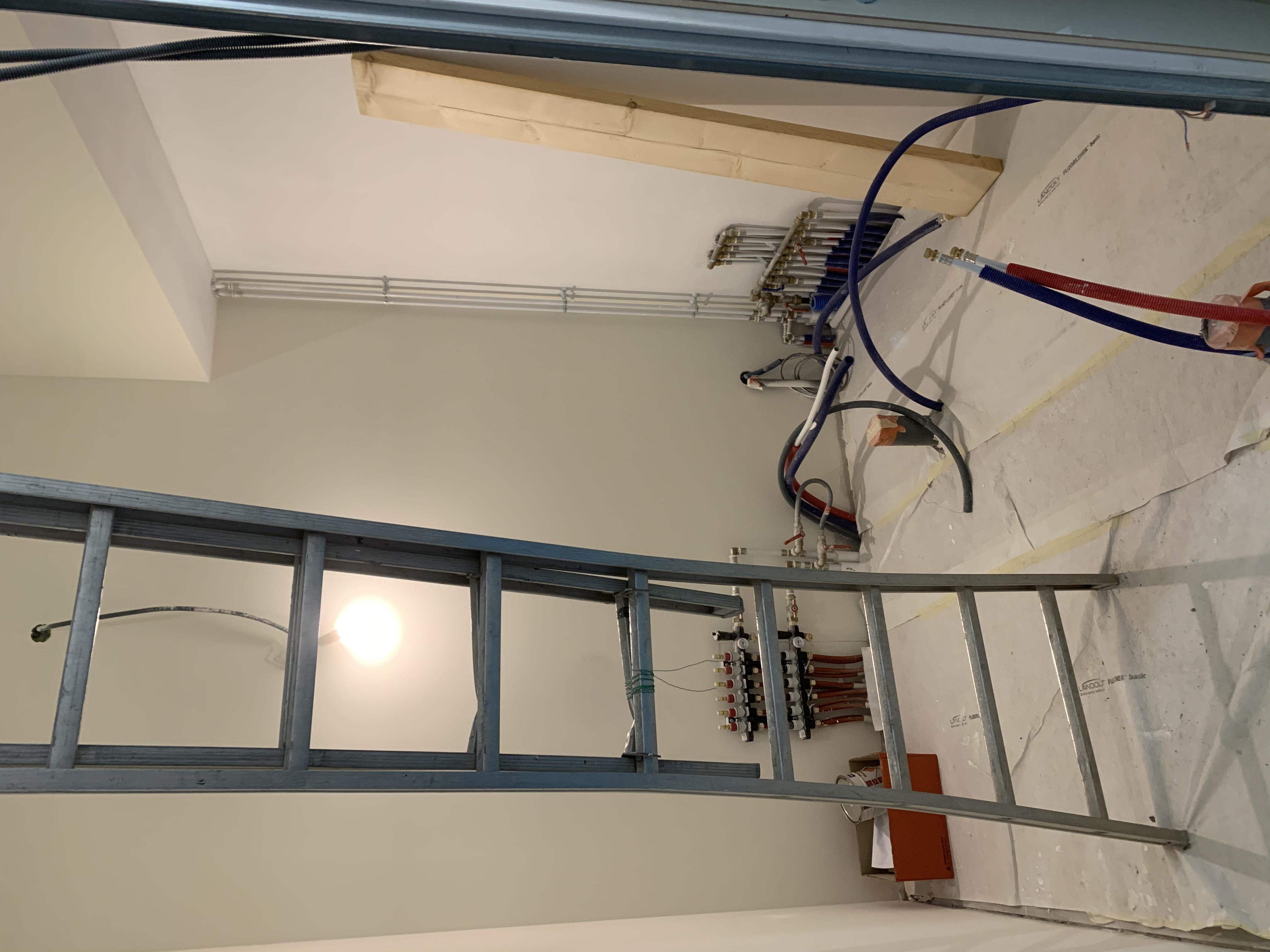Escalier en hêtre sur deux niveaux à Chissey sur Loue (39).