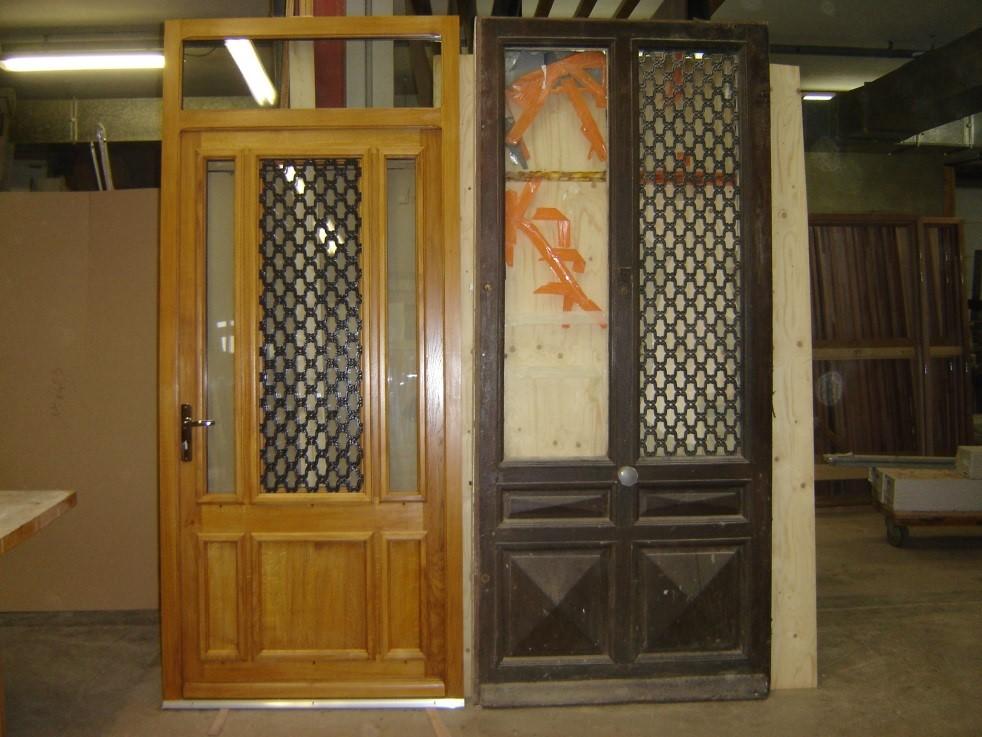 Remplacement et conception d'une porte d'entrée en chêne lasuré